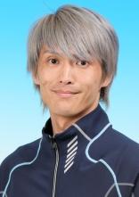 岡村仁の宣材写真  競艇予想サイト 口コミ 評価 評判 検証 当たる 当たらない
