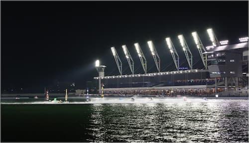 ナイターレース会場の画像