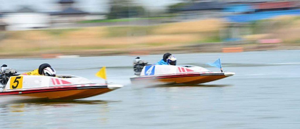 競艇レース中の画像||競艇予想サイト 口コミ 評価 評判 検証 当たる 当たらない